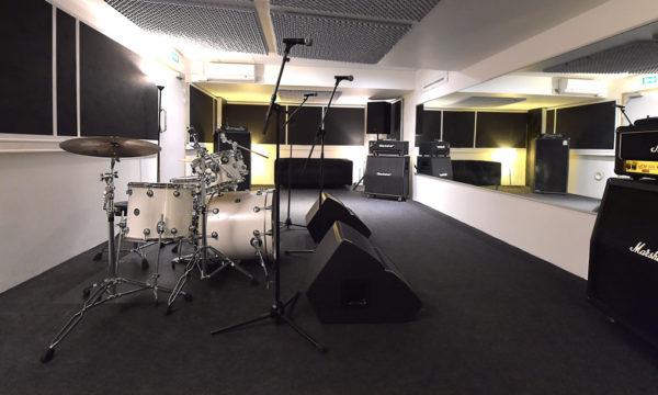 Luna Rossa Studio 15 web 2